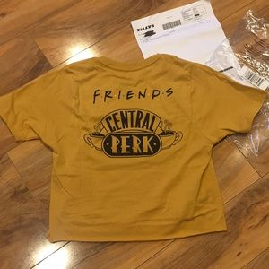 NWT friends crop T-shirt Size extra small XS